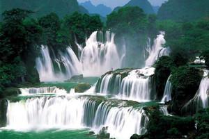 散客天天发:德天瀑布、靖西古龙山大峡谷纯玩二日游