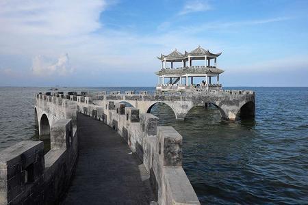 勒山古渔村,企沙叹海鲜,天堂滩、蝴蝶岛一日游