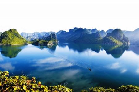 上林大龙湖游船观光,马山小都百,弄拉一日游