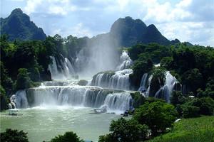 散客天天发:德天瀑布、通灵大峡谷、巴马百魔洞百鸟岩三日游