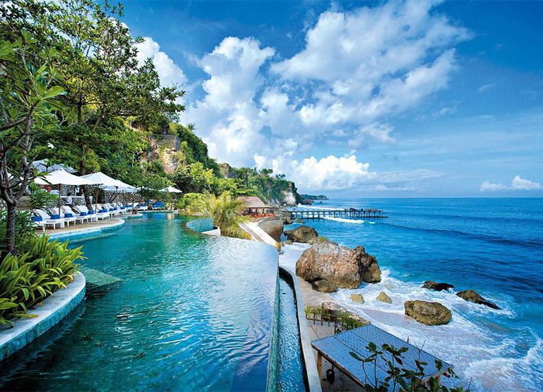 魅丽蓝点城堡巴厘岛五日游