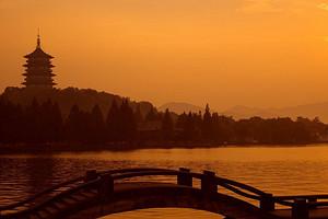 【杭州一日】<杭州西湖-花港观鱼-太子湾>一日游