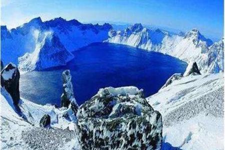 【哈尔滨双飞6日游】<雾凇长廊-长白山-魔界-雪乡-亚布力>