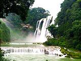 黄果树瀑布、大小七孔、梵净山、镇远古城-6日游