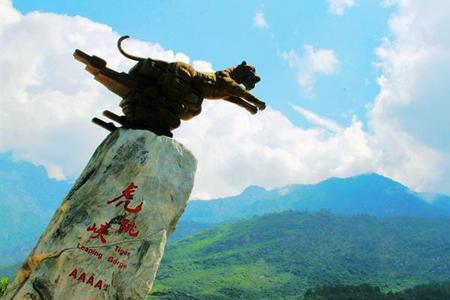 昆明、大理、丽江、香格里拉双飞1动6日游---上海出发
