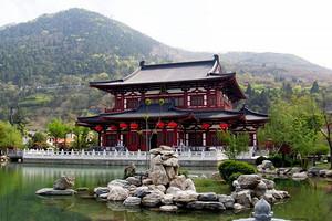 西安兵马俑、华山、明城墙、袁家村、高家大院5日游