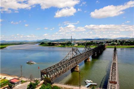 丹东鸭绿江、青山沟青山湖、飞瀑涧、虎塘沟两日游