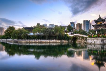 【贵州亲子】黄果树大瀑布+青岩古镇品质2飞6日游