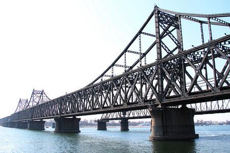 丹东鸭绿江游船、凤凰山、本溪水洞两日游