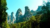 湖南韶山、张家界天门山、大峡谷玻璃桥、凤凰古城6日