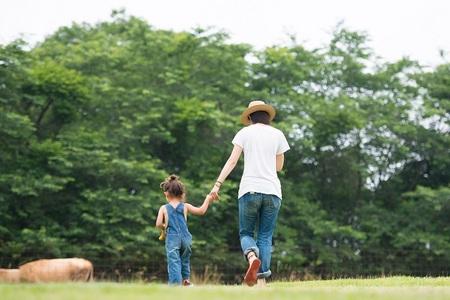 呼伦贝尔草原亲子游_大连去呼伦贝尔双飞6日游_带着孩子草原游