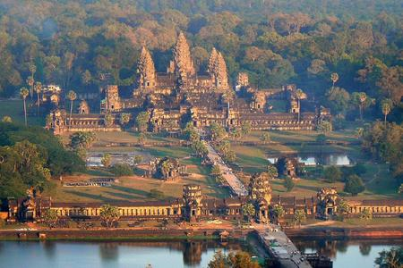 柬埔寨吴哥窟探秘5日游