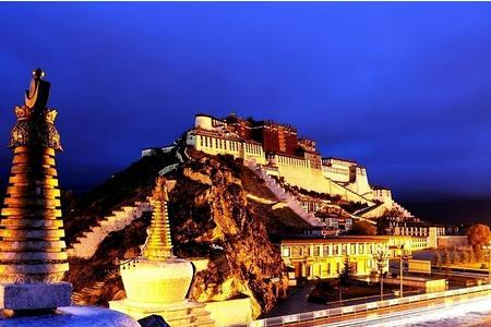 西藏拉薩、布達拉宮、大昭寺、納木錯四飛五日