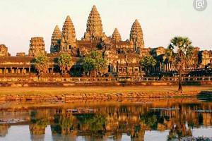 柬埔寨吳哥窟+金邊+越南西貢+美奈+河內8日游