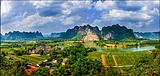花山岩画·德天跨国瀑布2日游