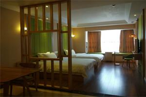 花果園龍舞觀景酒店(坐擁CBD頂層,觀覽筑城美景)