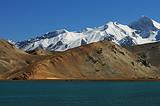 喀什市内+卡拉库里湖+达瓦昆沙漠双飞3日游