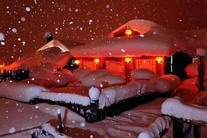 经典雪乡短线周边黑龙江牡丹江雪乡2日游雪韵大街风车雪山