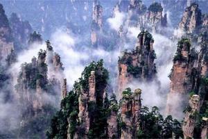 湖南长沙+韶山+玻璃栈道)+矮寨大桥+凤凰古城6日游
