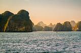 南宁到越南下龙湾、迷宫仙境、天堂岛、月亮湖三日游品质团