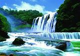 贵州黄果树瀑布、西江千户苗寨、小七孔、黔灵山公园双飞4日游