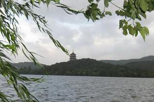 济南出发到广西桂林大漓江、银子岩、象鼻山、世外桃源双飞5日游