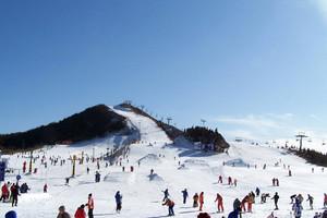 南昌出发到大别山滑雪一日游