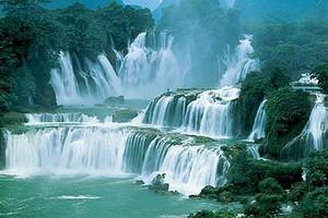 南昌到广西旅游线路_北海银滩德天瀑布通灵大峡谷双卧六日游