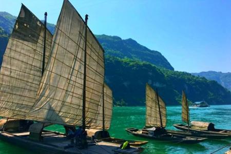宜昌乘游船到三峡人家一日游