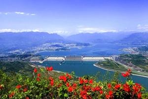 宜昌火车站到三峡大坝半日游( 13:30出发)
