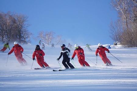 宜昌直达绿葱坡滑雪场专线车1天往返