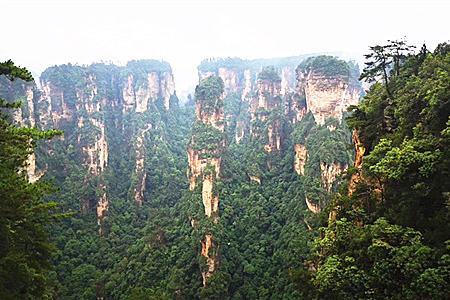 桂林出发 长沙橘子洲头 韶山 森林公园天门山 凤凰动车6日游