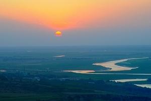 红色旅游 长沙、韶山、世界第一玻璃桥、天门山双飞6日