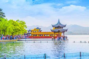 杭州上海乌镇三日游_西湖游船、上海市区、乌镇