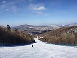 亚布力精品滑雪一日游,感受世界最大的高山索道