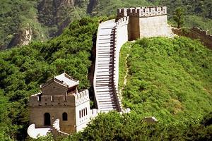 北京一日游八达岭长城+定陵+鸟巢水立方五环内免费接