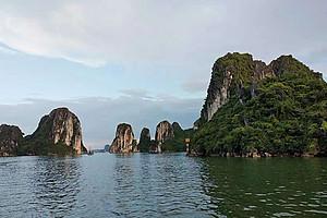 越南热门旅游路线_越南下龙湾、河内4日游_南宁出发
