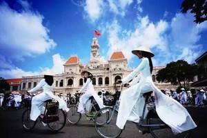 北海去越南芒街一日游_北海去越南一日游多少钱